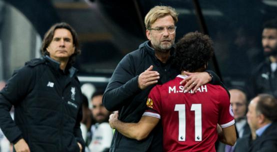 O Klopp μαζί με τον Salah