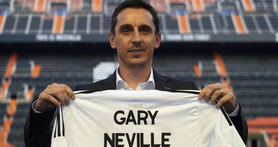 Πρώην(;) προπονητής, νυν τηλεσχολιαστής ο Gary Neville