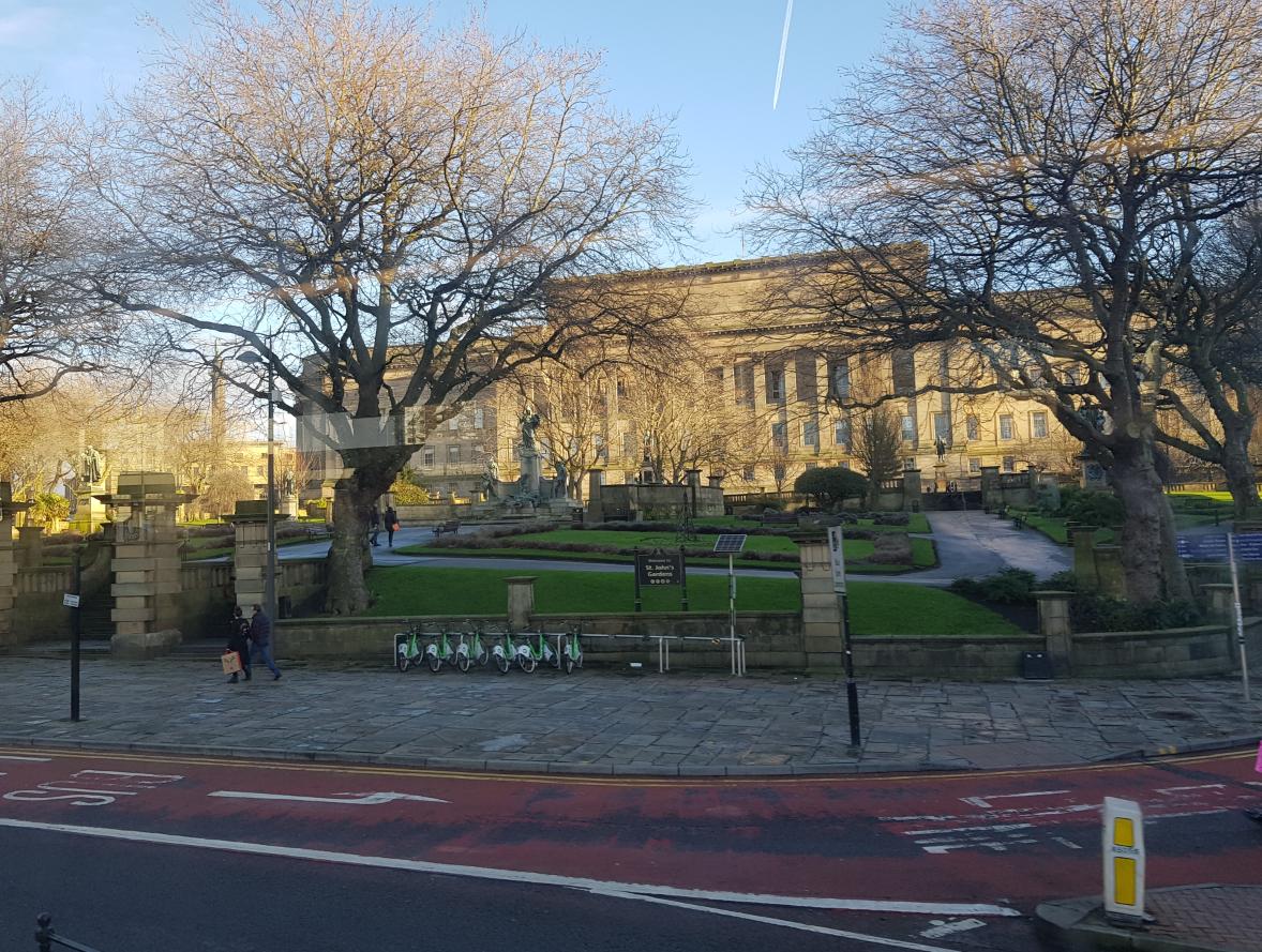 St John's Gardens εν κινήσει