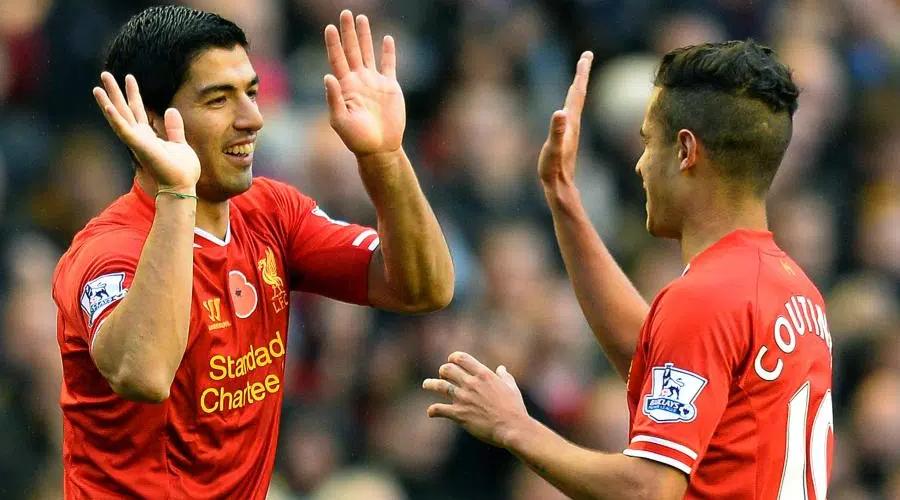 Ο Coutinho και ο Suarez με την φανέλα της Liverpool.