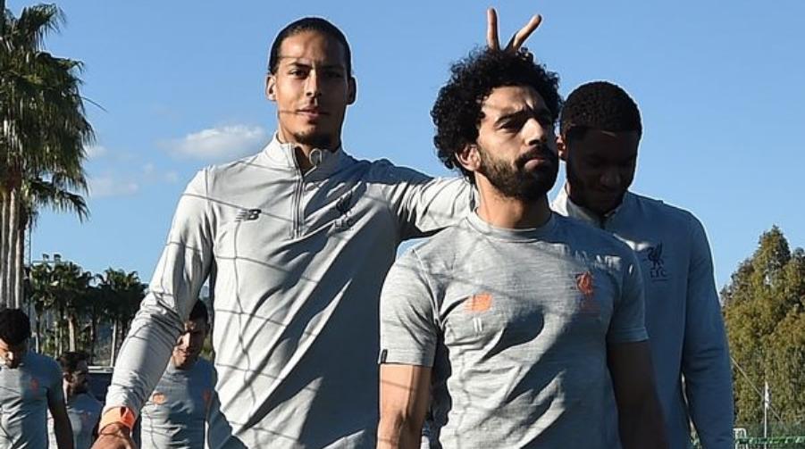 O Van Dijk με τον Salah στη Marbella
