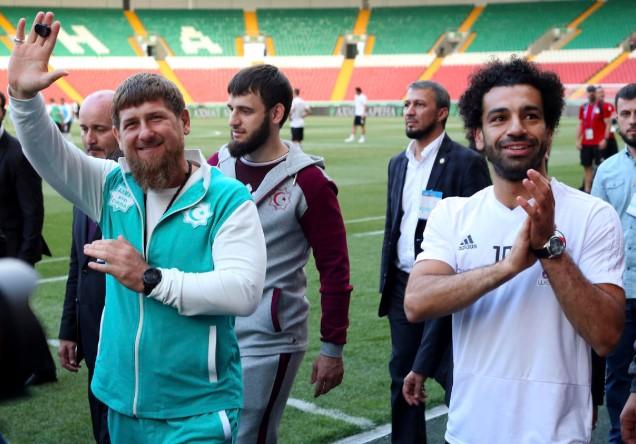 Απρόσμενα συναντήθηκε με τον Τσετσένο αρχηγό o Salah!