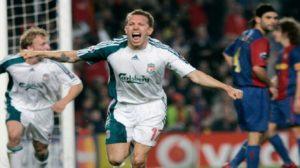O Craig Bellamy πανηγυρίζει στο παιχνίδι της Liverpool στη Βαρκελώνη το 2007.