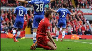 Ο Steven Gerrard λίγες στιγμές μετά το γκολ του Demba Ba.