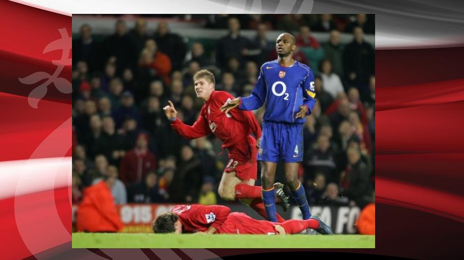 """παοκ ολυμπιακοσ γκολ: Σαν σήμερα: 28/11/2004 Νίκη επί των Gunners με """"κανονιά"""