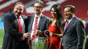 Τα ανώτερα στελέχη της FSG και της διοίκησης της Liverpool μετά τον τελικό της Μαδρίτης.