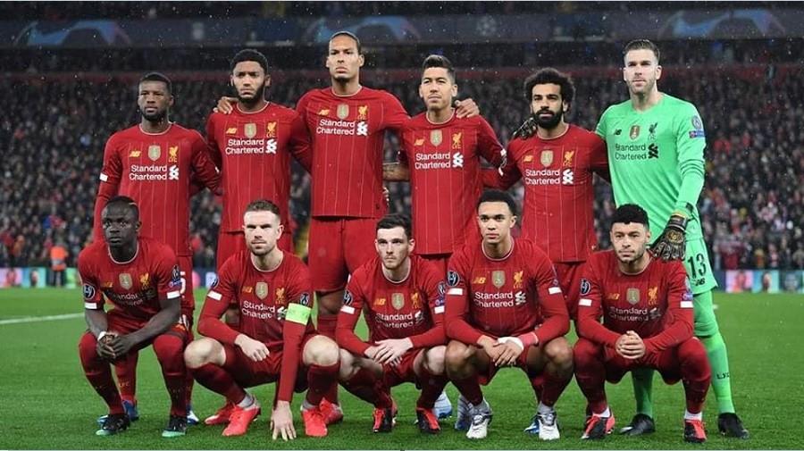 Παίκτης Της Liverpool Δώρισε 200 πακέτα φροντίδας