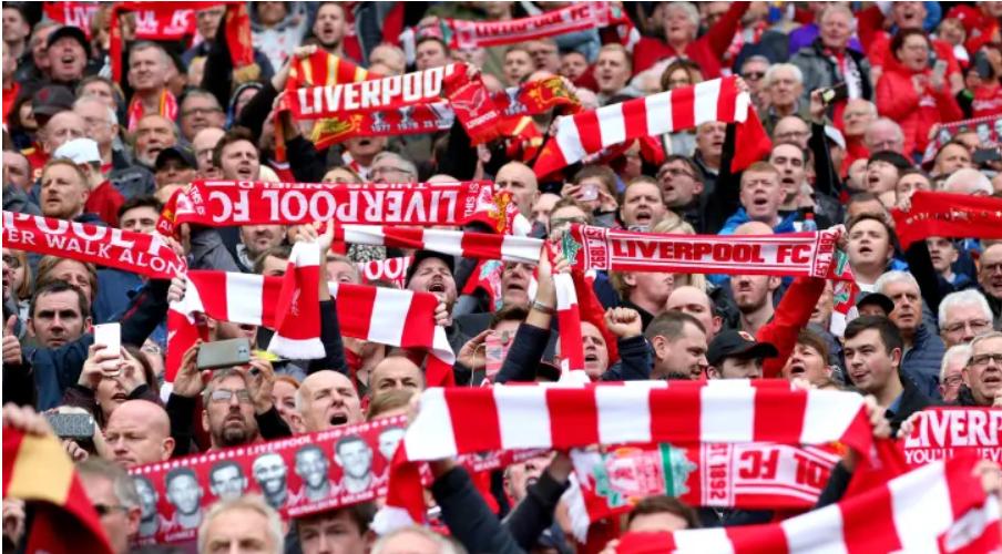 Τέστ COVID-19 έξω από τα γήπεδα εξετάζει η Premier League