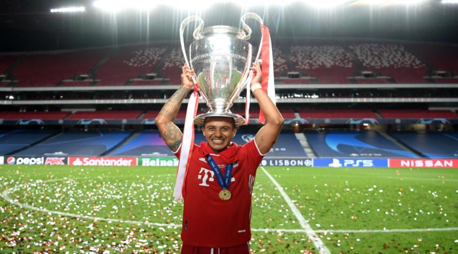 O πρωταθλητής Ευρώπης για το 2020, Thiago.