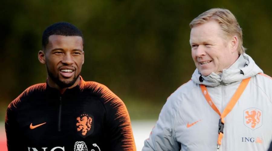 O Ronald Koeman με τον Gini Wijnaldum σε προπόνηση της Ολλανδίας.