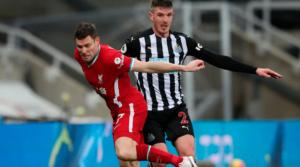 O James Milner στο παιχνίδι με τη Newcastle.