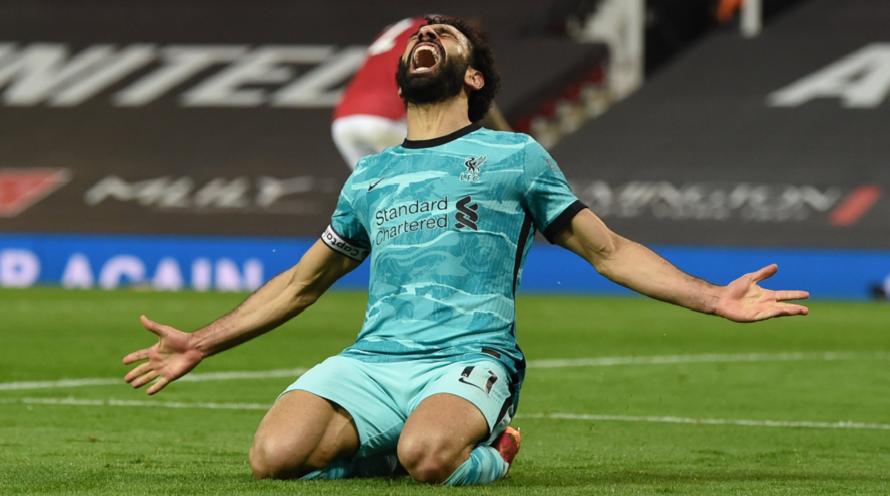 Ο Mo Salah πανηγυρίζει το γκολ του στο Old Trafford.