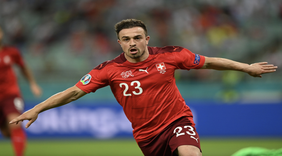 O Shaqiri πανηγυρίζει το καταπληκτικό του γκολ στο χθεσινό Ελβετία-Τουρκία.
